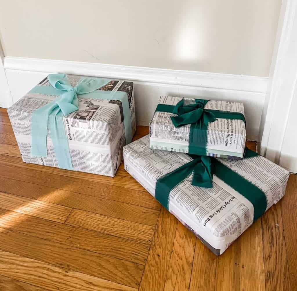 homemade Christmas decorations recycled wrapped boxes fake presents