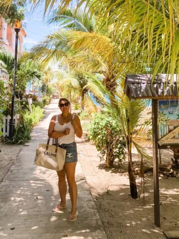Placencia village
